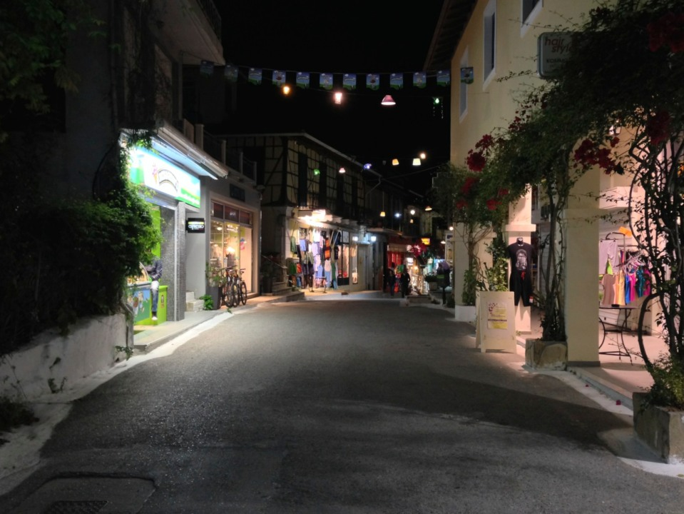 Quiet night in Vassiliki